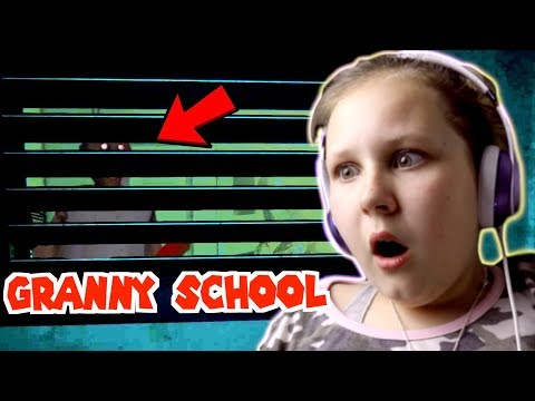 GRANNY's SCHOOL?! HIDING IN THE LOCKER!!