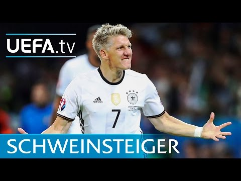 Watch Schweinsteiger's last goal for Germany