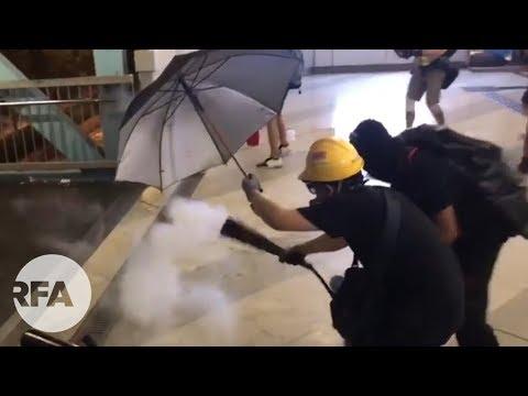 7.27元朗散步 | 警察與示威者地鐵站內混戰