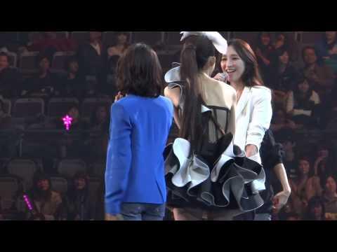 2013-02-02 范范 范瑋琪台北演唱會 - 可不可以不勇敢 (小S、阿雅、吳佩慈)