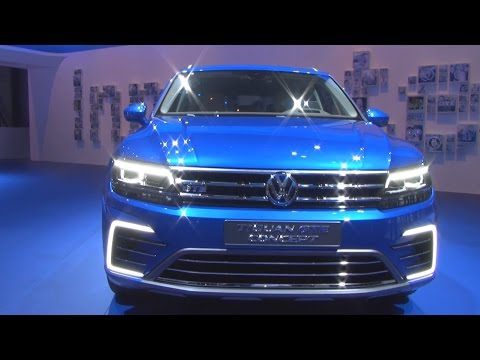 Volkswagen Tiguan GTE Concept (2016) Exterior and Interior in 3D