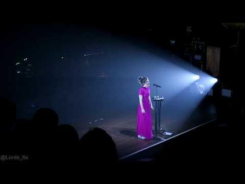Lorde - 'Writer In The Dark' (Acapella) & 'Loveless', Wellington NZ Encore, 11 Nov 2017
