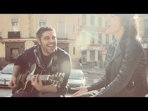 Miryam LaTrece & Paco Cinta - No lo sabe [Al aire de la calle #16]
