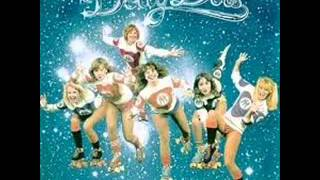 DOLLY DOTS – What A Night (Party Night)