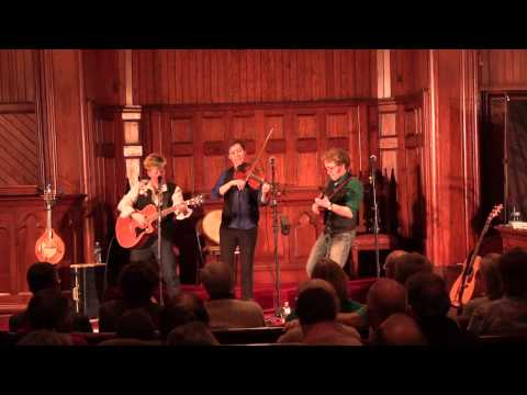 Hound of Finn live at Maple St Chapel - Ash Plant Set