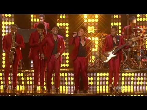 Baixar Treasure - Bruno Mars Billboard Music Awards 2013 #Reg-DCut