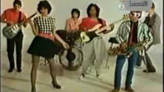 I Know What Boys Like  -  The Waitresses (HQ Audio)