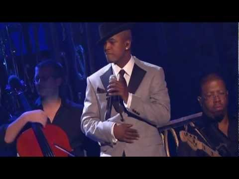 Baixar David Guetta Play Hard ft. Ne-Yo & Akon Live Performance 1080p HD Billboard Music Awards 2013 BMA