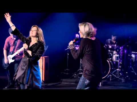 Baixar Em Tua Presença - Alda Célia (Feat. Pra. Ludmila Ferber - DVD Escolhi Adorar)