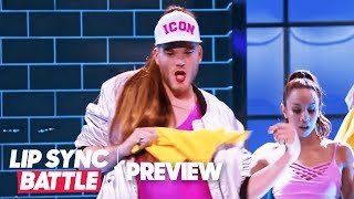 "Scott Hoying of Pentatonix is Moving ""Side to Side"" 