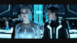 TRON - Daft Punk - End Of Line (Gem Siren Scene)