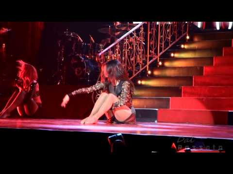 Baixar Selena Gomez - Come & Get It - KeyArena - Seattle