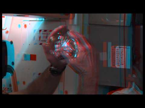 Space Station Astronauts Grow a Water Bubble in Space ANAGLYPH