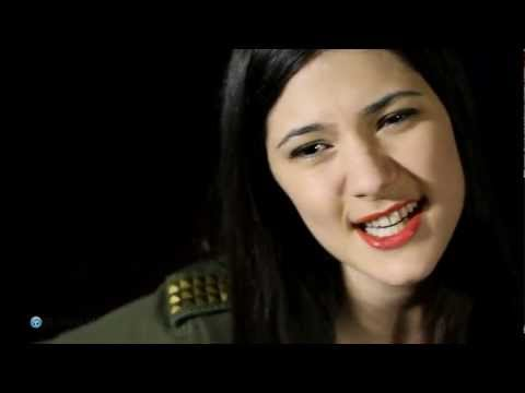 Baixar Rihanna - Stay - Sara Niemietz (Perez Hilton Can You Sing Cover Competition!)