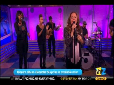 Tamia Perfoms Officially Missing You/Give Me You Mash-up