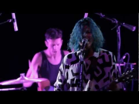 Grouplove - Itchin' on a Photograph - Live from Lincoln Hall