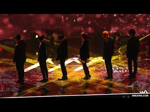 171115 슈퍼주니어 (Super Junior) 'Black Suit' 4K 직캠 @아시아 아티스트 어워즈 (AAA) 4K Fancam by -wA-