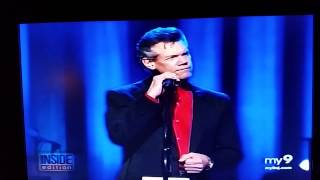 New video Randy Travis since stroke with cane