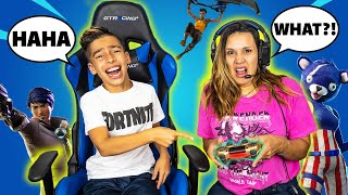 TEACHING My MOM How to Play FORTNITE! (BAD IDEA) | Royalty Gaming