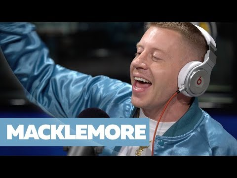 MACKLEMORE FREESTYLES ON FLEX | #FREESTYLE073