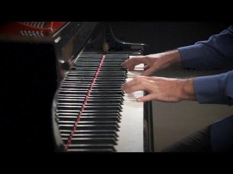 'O Fortuna' Carmina Burana, Carl Orff - PIANO SOLO P. Barton, piano
