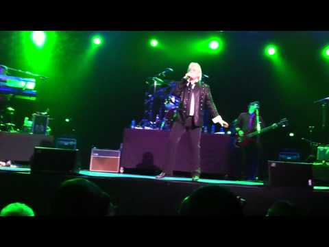 Air Supply - Hold On - Buenos Aires - 21/10/10 - Gran Rex