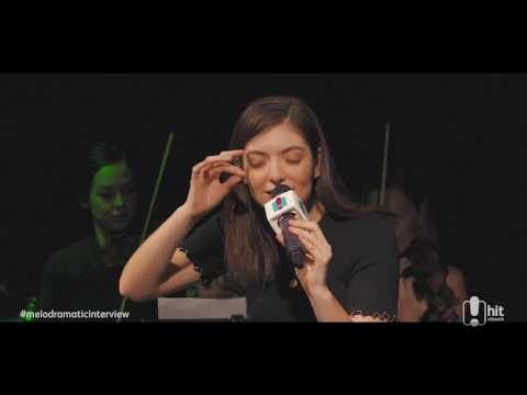 Con students give Lorde the green light