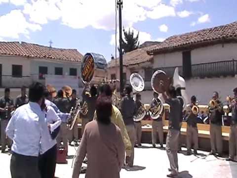 BANDA SHOW FILARMONICA HUASTA - Mix huaracino (RECUAY)