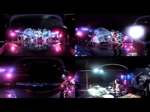 Muse - Bliss Live Reading 2011 (360° Multi-cam)
