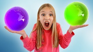Amelia, Avelina and Akim one million orbeez party - Funny compilation video