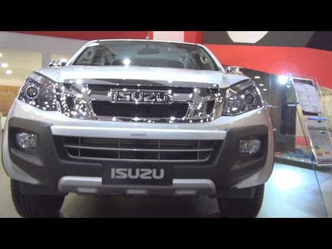 Isuzu D-Max Crew Solar Special 4x4 (2017) Exterior and Interior in 3D