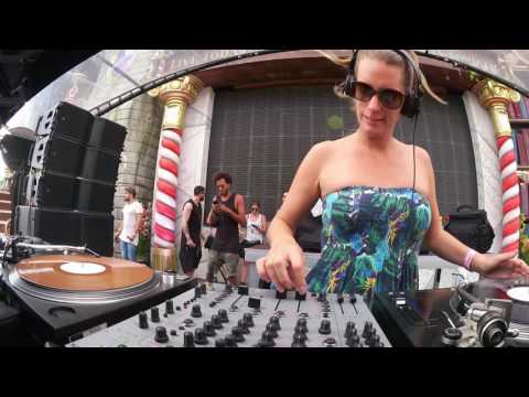 Sonja Moonear at Tomorrowland Belgium 2016