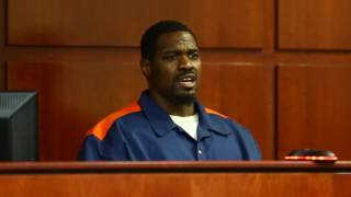 Murder defendant attempts to drop his plea deal and take charges to trial