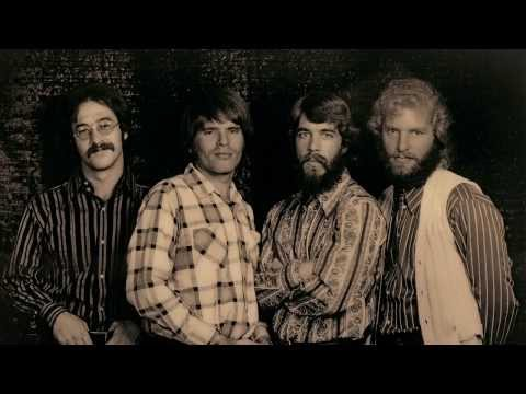 Baixar Creedence Clearwater Revival - I Heard It Through The Grapevine [Lyrics] [720p]