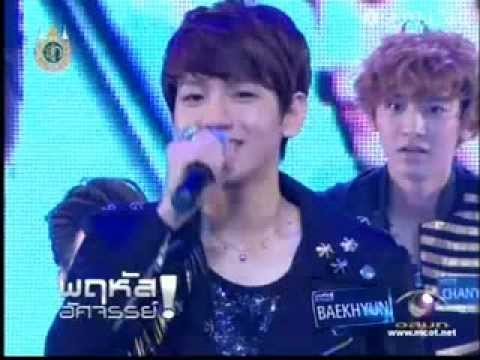 Baekhyun - Bao Bao (เบา เบา by Singular) @ Amazing Thursday 120802