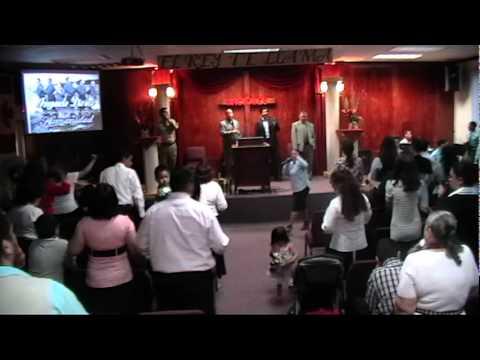 CORO DE FUEGO---LEVANTA LA ESPADA