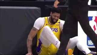 Anthony Davis gets scary ankle injury after this...