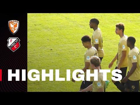 HIGHLIGHTS | Jong FC Utrecht bijt zich stuk op TEC