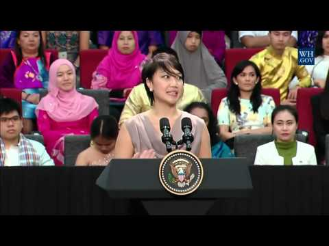 Professional Fellows Program: YSEALI Alumna Carrie Tan Introduces President Obama