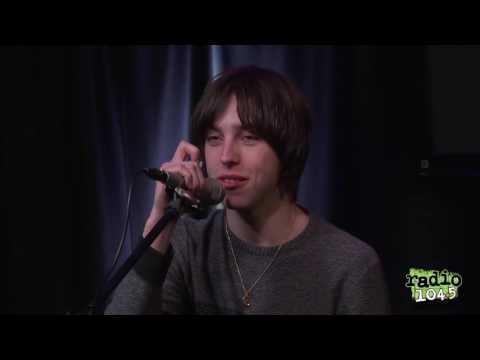 Catfish and the Bottlemen's Van - Interview at Radio 104.5 (2015)