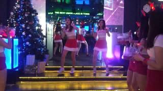 Smirn off X-mas eve at U house by EDM dance crew