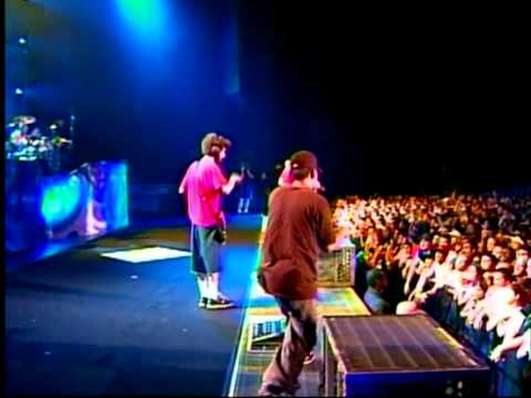 Linkin Park - Step Up (Projekt Revolution Live in Camden 2004) [HD]