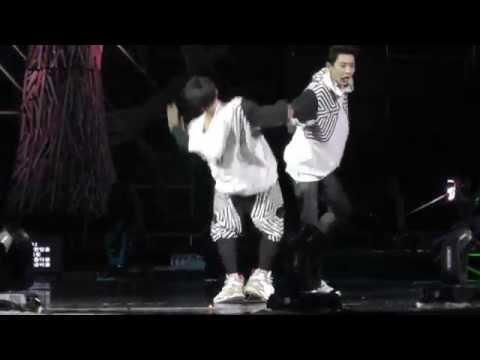 140921 EXO Machine Baekhyun,Chanyeol