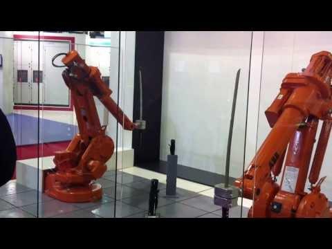 Борба со мечови помеѓу 2 роботи