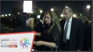 وزير التموين وليلى علوي في عزاء زوجة الكاتب إبراهيم سعدة ...