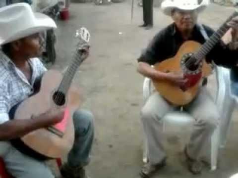 dueto del sur del Estado De México.Luvianos