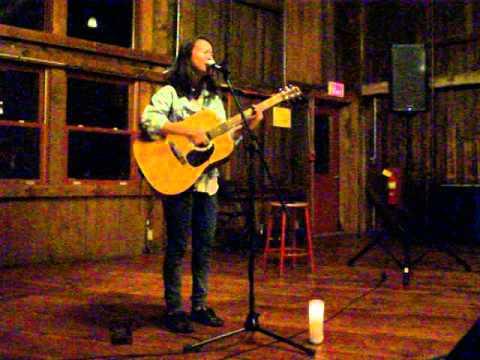 Mitski: The Red Barn @ Hampshire College - 11/24/2014 (COMPLETE PERFORMANCE)