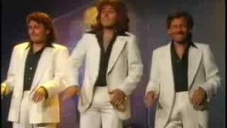 N8CHTSCHICHT – Die Hose ist zu eng (Stayin´alive Bee Gees)