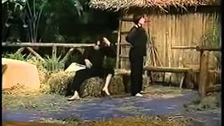 Hài Hoài Linh mới nhất 2013  Vợ Chồng Làm Biếng - Hoài Linh, Phi Nhung - YouTube
