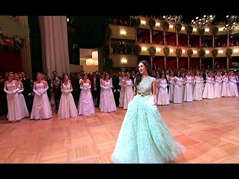 Aida Garifullina⭐♫ 'Je Veux Vivre'/aus Romeo et Juliette von Ch.Gounod